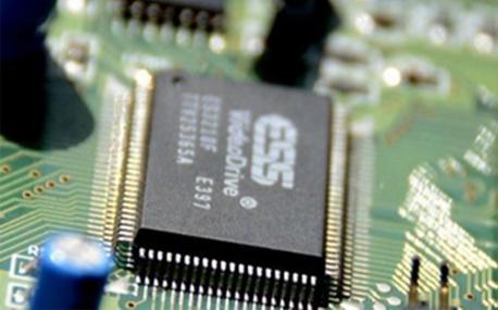 硅胶自动点胶机主要用在哪些地方?有什么特点?